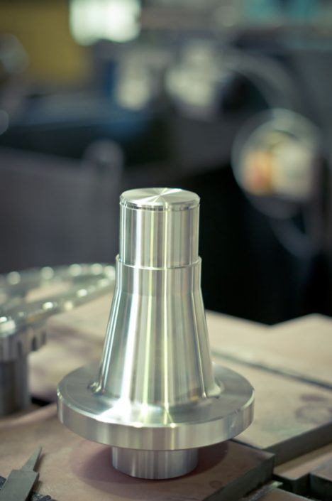 CNC freesimine, CNC treimine, CNC sissetreimine. Istrek OU.
